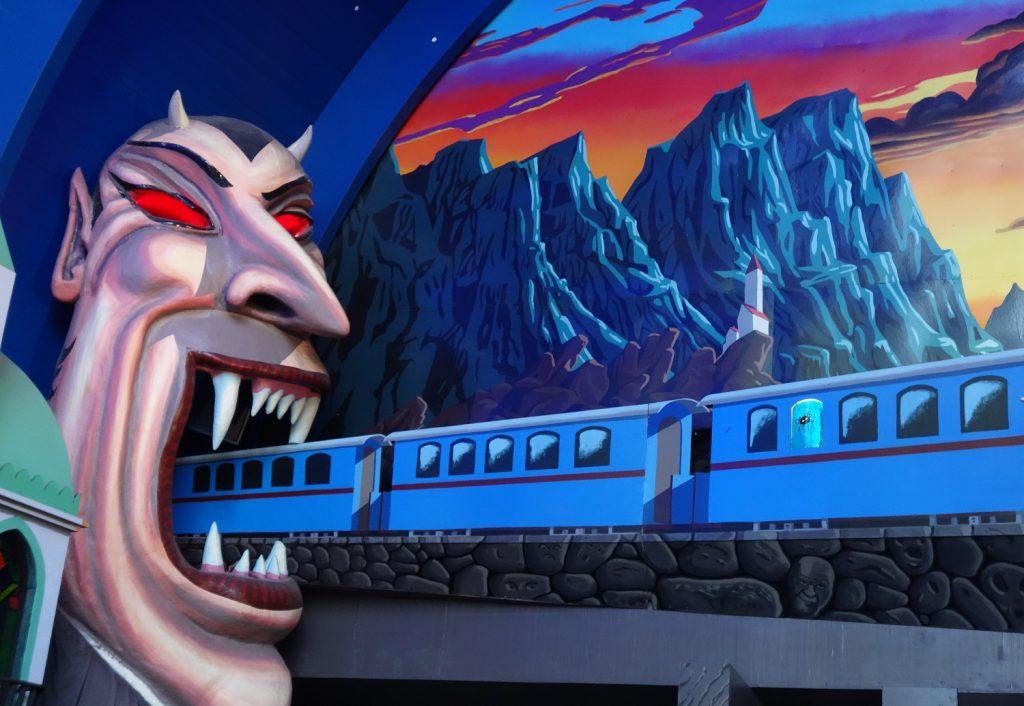 Blå tåget kuliss på Gröna Lund